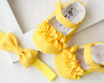 Yellow baby shoes, yellow bow headband, yellow girl shoes, baby easter outfit,  bright yellow baby outfit, yellow baby shower gift