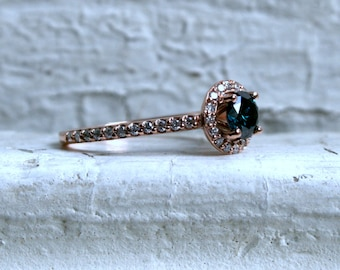 Classic Halo Diamond Engagement Ring in 14K Rose Gold - 0.77ct.
