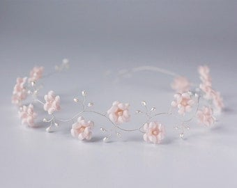 52_Headdress, Pink wedding hair accessories, Floral headdress, Headdress flowers, Bridal headband, Headpiece floral, Headdress floral, Tiara