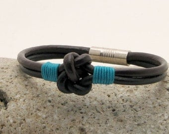 EXPRESS SHIPPING Unisex leather bracelet. Mens leather bracelet. Leather knot bracelet. Black leather nautical bracelet with magnetic clasp.