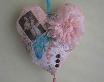 Handmade Shabby Chic Lace Heart pillow dangle, made from vintage materials, pink satin, vintage laces and embellished with buttons, photo.