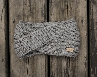 women's twisted style knit headband in speckled grey
