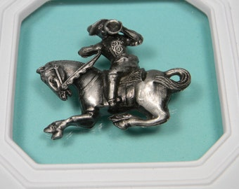 Nicely Detailed Paul Revere Brooch or Pin, Silver Tone Figural