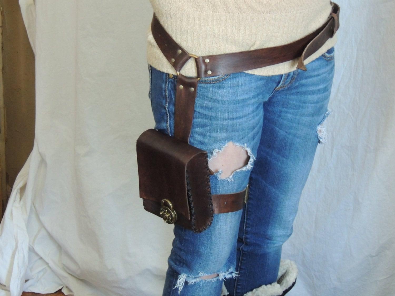 brown leather adventure pouch belt leg bag thigh bag. Black Bedroom Furniture Sets. Home Design Ideas