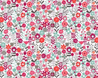 Ditsy summer flowers / Makower Cats / patchwork quilting fabric / fat quarter