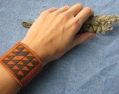 leather cuff - with quilt square drawing - light and shadow
