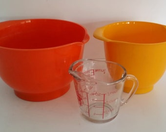 Vintage Falle Uldall Orange and Yellow Nesting Bowls / Orth Mixing Bowls, Made in Denmark