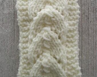 Horseshoe Stitch Art Deco Cream Colored Lace Headband