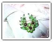 Darling Green Navette Brooch D&E Juliana  735a-011609035