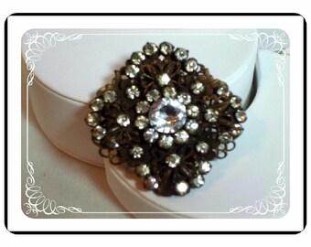 Art Nouveau Fur Clip - Flower & Rhinestone Dress / Fur Clip   D-Clip-1793a-050212000