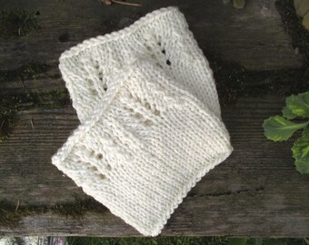 SALE 50% Ready to ship! Hand knit Boot cuffs White wool Leg Warmers Boot Toppers