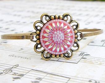 Pink Sunflower  - vintage glass button bangle bracelet
