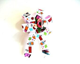 Teacher's gift bow, Gift wrap bow, Favorite teacher bow, School days bow, Button gift bow, Special teacher bow, Grammar school bow (SB81)