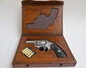Leather gun case for a Ruger .357 Magnum SP 101 revolver.