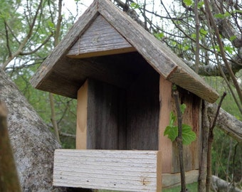 Rustic Nesting Shelter for Robins, Morning Doves and other non cavity nesters