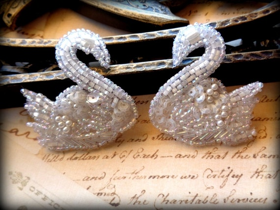 Pearl Beaded Swan Applique, White, x 2, For Bridal, Apparel, Accessories, Costumes, Mixed Media, Romantic Crafts