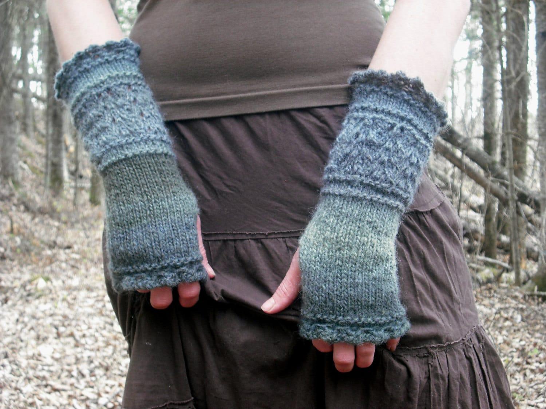 Fingerless gloves eso - Fingerless Gloves Knit Fingerless Gloves Wrist Warmers Knit Wrist Warmers Knitted Gloves Hand Warmers Gauntlets Fairy Faerie Fae