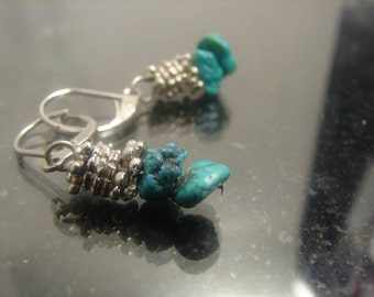 Beautiful Genuine Turquoise Earrings sm Dangle Composite metal  1145