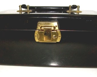 Lucite Purse/Trinket Box - Straight out of the 50's - FREE SHIPPING !