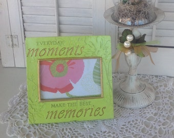 Everyday MOMENTS Make MEMORIES Picture Frame / 4 x 6 / Lime Green Table Top or Hanging Picture Frame