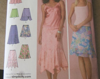 Simplicity 4138 cut to size 16 womens skirt