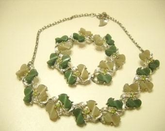 Vintage Thermoset Demi Parure (Necklace & Bracelet ) 1115