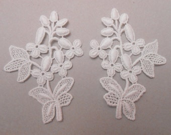 2 appliques lace of 7 X 5 cm for your creations