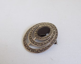 Vintage Silver Marcasite Oval Drop Cut Out Brooch with Onyx Stone - Vintage Art Decor Lapel Pin Accessory - Ladies Formal Elegant  Jewelry
