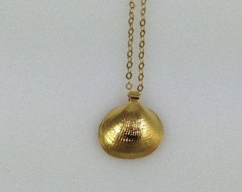 Seashell Gold Necklace, Seashell Necklace,  Seashell Jewelry seashell charm gold Shell nature organic Jewelry Handmade