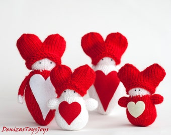 Valentine's Heart Babies PDF knitting patterns. Waldorf inspired dolls.  St.Valentine  Ornament. Spring ornament. Gift for lovers