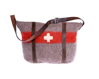 WD29 Swiss Army Blanket Bag by Karlen Swiss