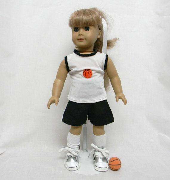 Tenue de basket avec chaussures chaussettes ball pour - Tenue avec basket ...