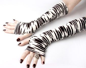Black  and White fingerless gloves -  Arm Warmers , Gloves , Hand Warmers , Cuffs , Victoriian , Goth , Cotton