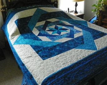 Blue Star Medallion queen comforter