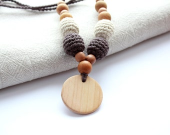 Organic Cotton Nursing Necklace in Natural Colors- Crochet Nursing Necklace- Rustic Teething Necklace- Breastfeeding Jewelry