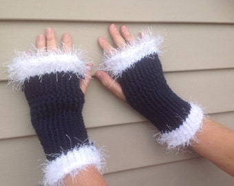 Blue and white fingerless gloves arm warmers Penn State, Villanova