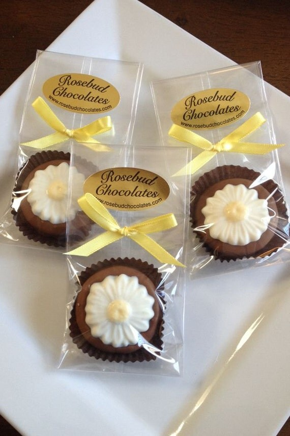 12 Chocolate Daisy Oreo Cookie Favors Daisies By Rosebudchocolates