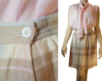 Genuine 1960's stylish vintage Pendleton pure virgin wool fully lined plaid shorter length skirt - DB163