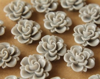 10 pc. Grey Flower Cabochons 19mm | RES-473