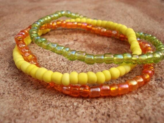 Dainty Beaded Bracelet, Stackable Bracelet, Glass Bead Bracelet, Seed Bead Bracelet, Tiny Bead Bracelet, Hippie Bracelet, Boho Bracelet