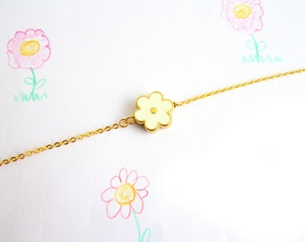 Dainty Flower Necklace, White Flower Necklace, Enamel Flower Necklace, Dainty Gold Jewelry, Bridesmaid Gift, Small Floral Necklace
