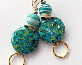 Cheery mix green stone earrings / green and gold