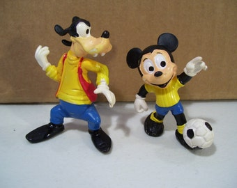 Vintage Lot of 2 Walt Disney Durham Pvc Figures, Soccer Player Mickey Mouse & Goofy, Hong Kong