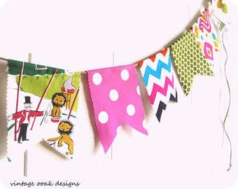 Vintage Circus Bunting Banner,Birthday Bunting Banner,Baby Shower Bunting Banner,Circus Bunting Banner, Girl Bunting Banner,Photography Prop