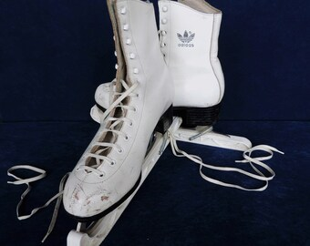 Adidas Peggy, vintage French, size 40 ladies ice skates in white leather.