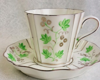 WEDGEWOOD Green and Silver/ Vintage Tea Cup and Saucer/Unique Design Rare Teacup