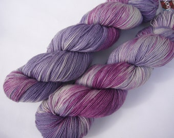 Yarn sock weight Hand dyed 100% Superwash Merino  High Twist