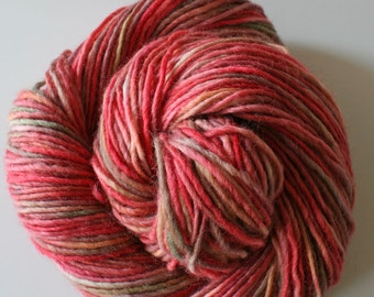 lambswool 100%, 200 gram, 380 meter, wool hand dyedhand , 2 skeins orange, red pink, rose, green