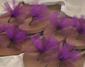 SALE!! Custom WEDDING Flip Flops, BRIDESMAID Flip Flops, Simple & Elegant Tulle Flip Flops, Bridal Party Gift, Beach Weddings
