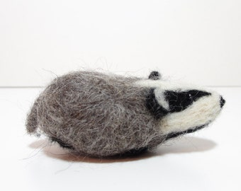Needle Felted Badger - complete with box and bedding. Badger Gift. British Wool.